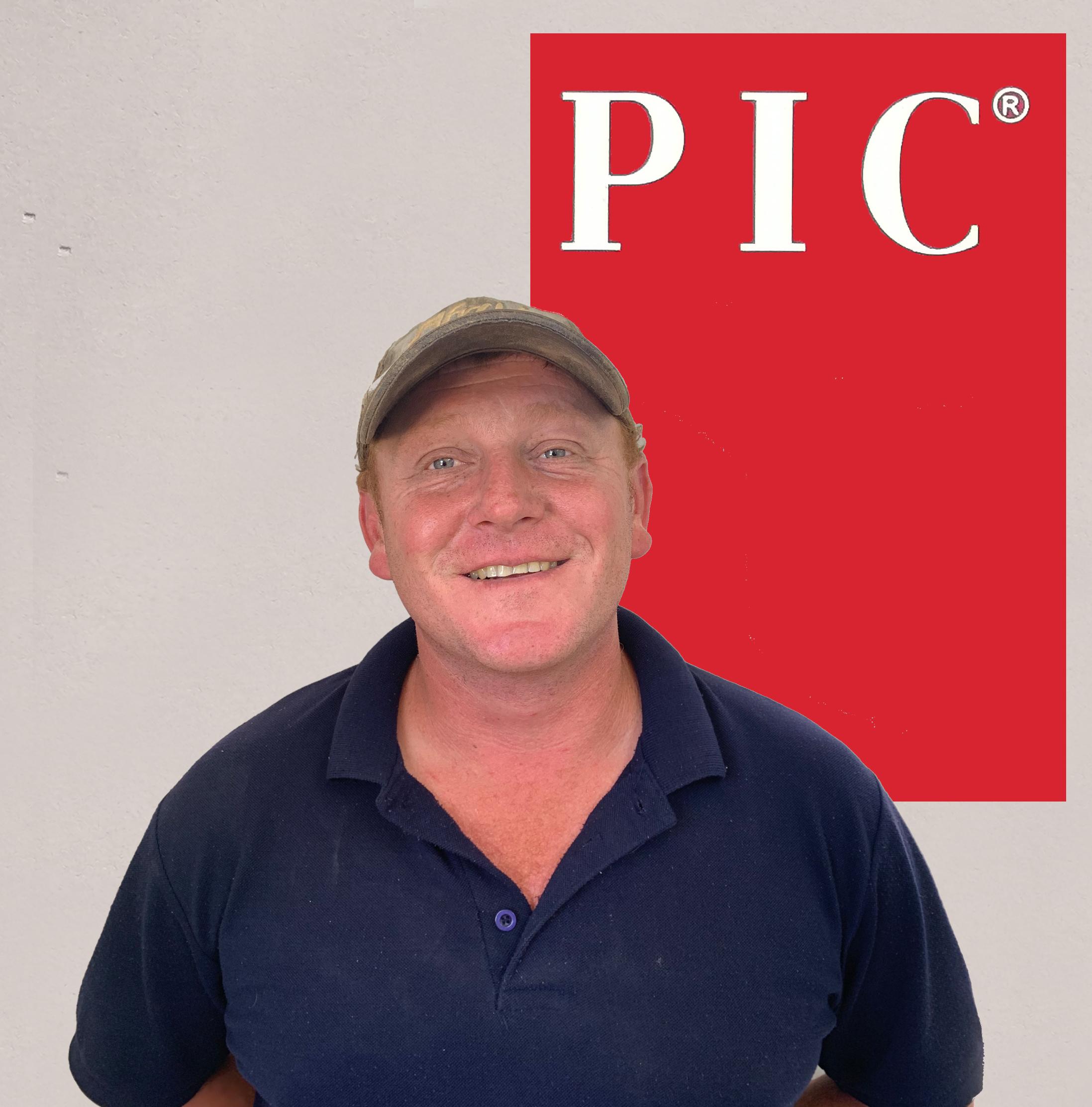Johan Botes - Manager